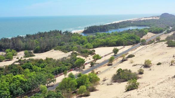 Cung đường ven biển Hồ Tràm đang thay đổi từng ngày