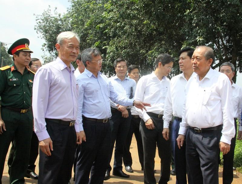 Phó Thủ tướng kiểm tra thực tế công tác giải phóng mặt bằng dự án sân bay