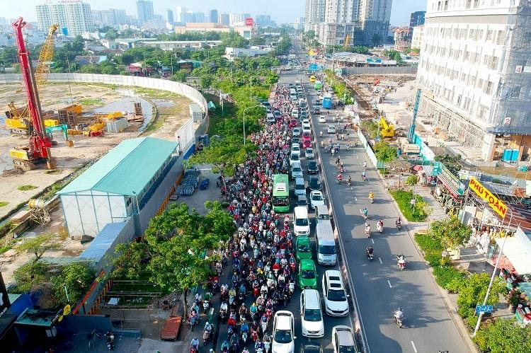 Kẹt xe hướng từ khu Nam Sài Gòn vào trung tâm thành phố.