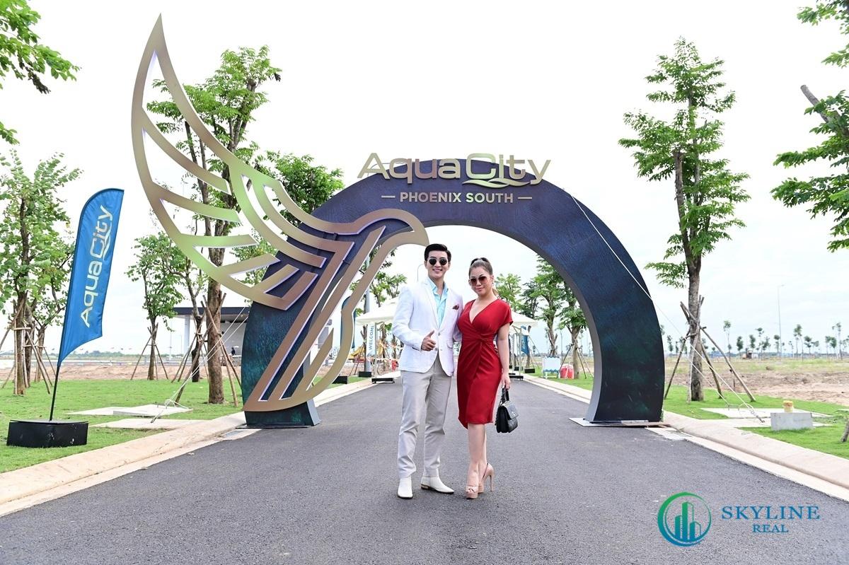 Ca sỹ Minh Tuyết và MC Nam Hee rất hài lòng về dự án Aqua City Phoenix South