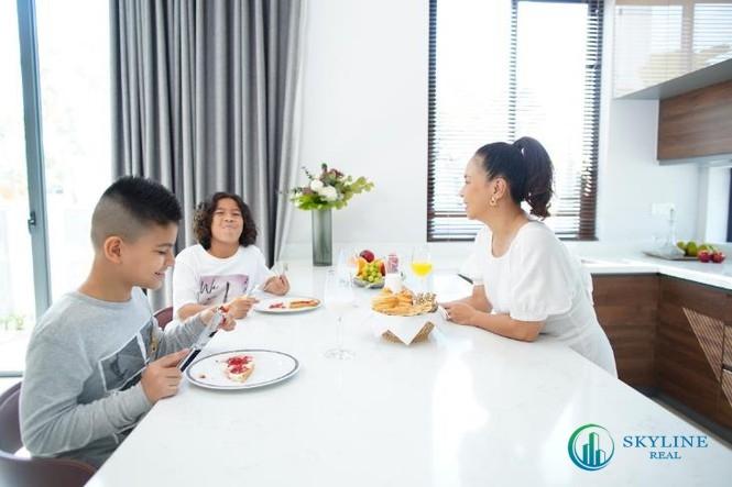 Huỳnh Kesley lựa chọn biệt thự tại đảo Phượng Hoàng Aqua City làm nơi an cư cùng với gia đình