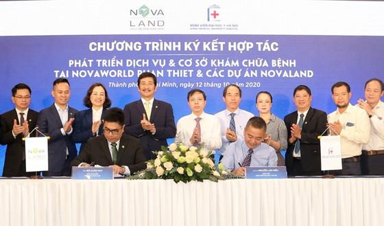 Lễ ký kết hợp tác với bệnh viện Đại học Y Hà Nội phát triển dịch vụ và cơ sở khám chữa bệnh tại NovaWorld Phan Thiet và các dự án Novaland
