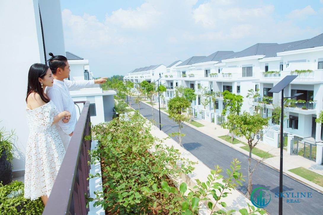 Vợ chồng Hồ Hoài Anh - Lưu Hương Giang đề cao sự gắn kết gia đình nên thích không gian rộng thoáng, nhiều mảng xanh.