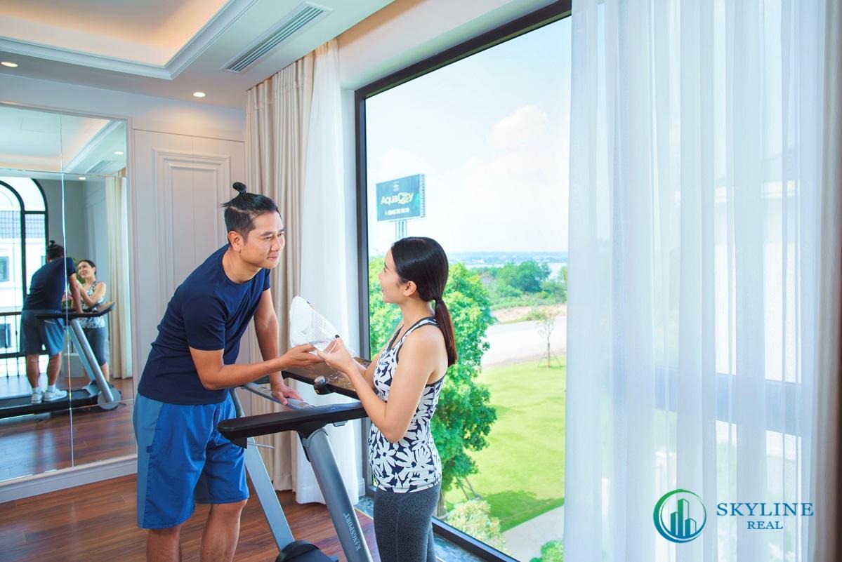 Vợ chồng Lưu Hương Giang thích căn hộ có phòng gym, khu vui chơi, hồ bơi và lối đi bộ.