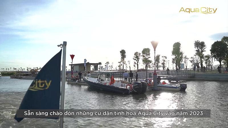 Bến du thuyền hỗ trợ khách tham quan bằng đường sông tại phân khu Elite 1