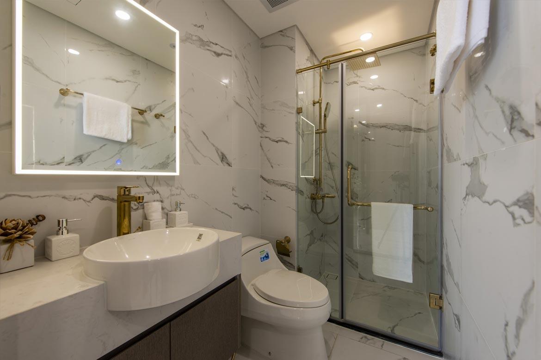 Phòng vệ sinh dự án căn hộ 2 phòng ngủ chung cư Sunshine City