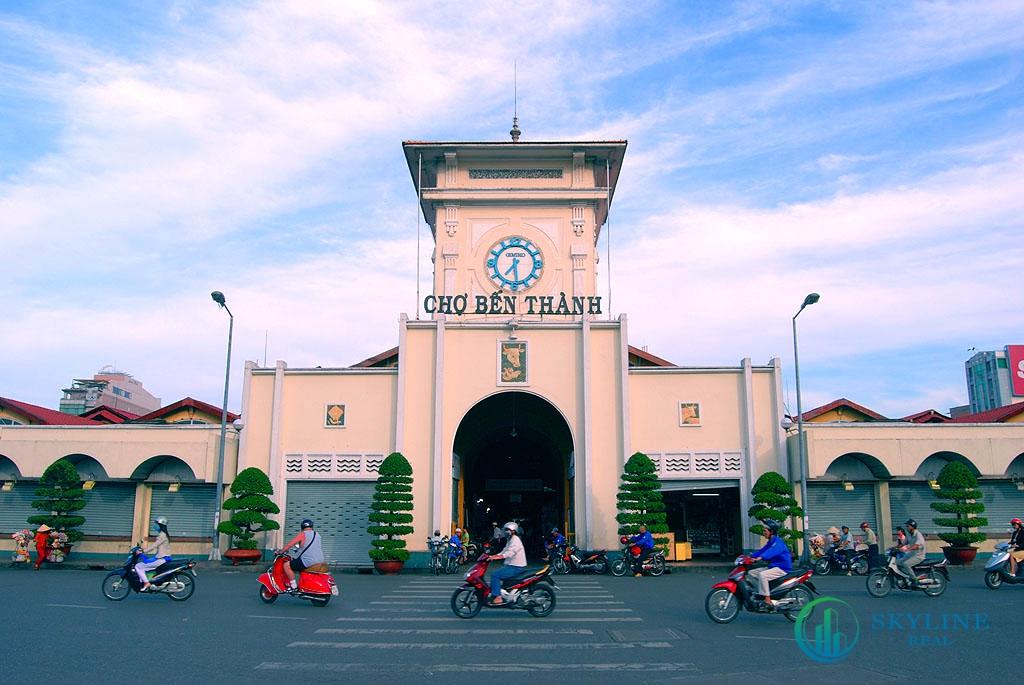 Dự án Ritz Carlton Saigon đối diện chợ Bến Thành lịch sử đi về phía Bắc
