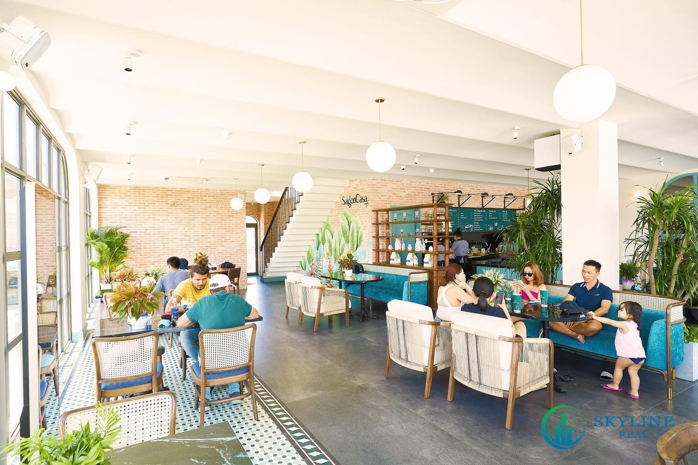 Một cửa hàng Cafe tại tuyến Shophouse đã vậnh ành đón khách từ năm 2020