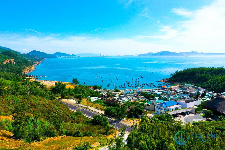 Quy Nhơn sở hữu cảnh quan thiên nhiên đẹp, khí hậu biển nhiệt đới ấm áp