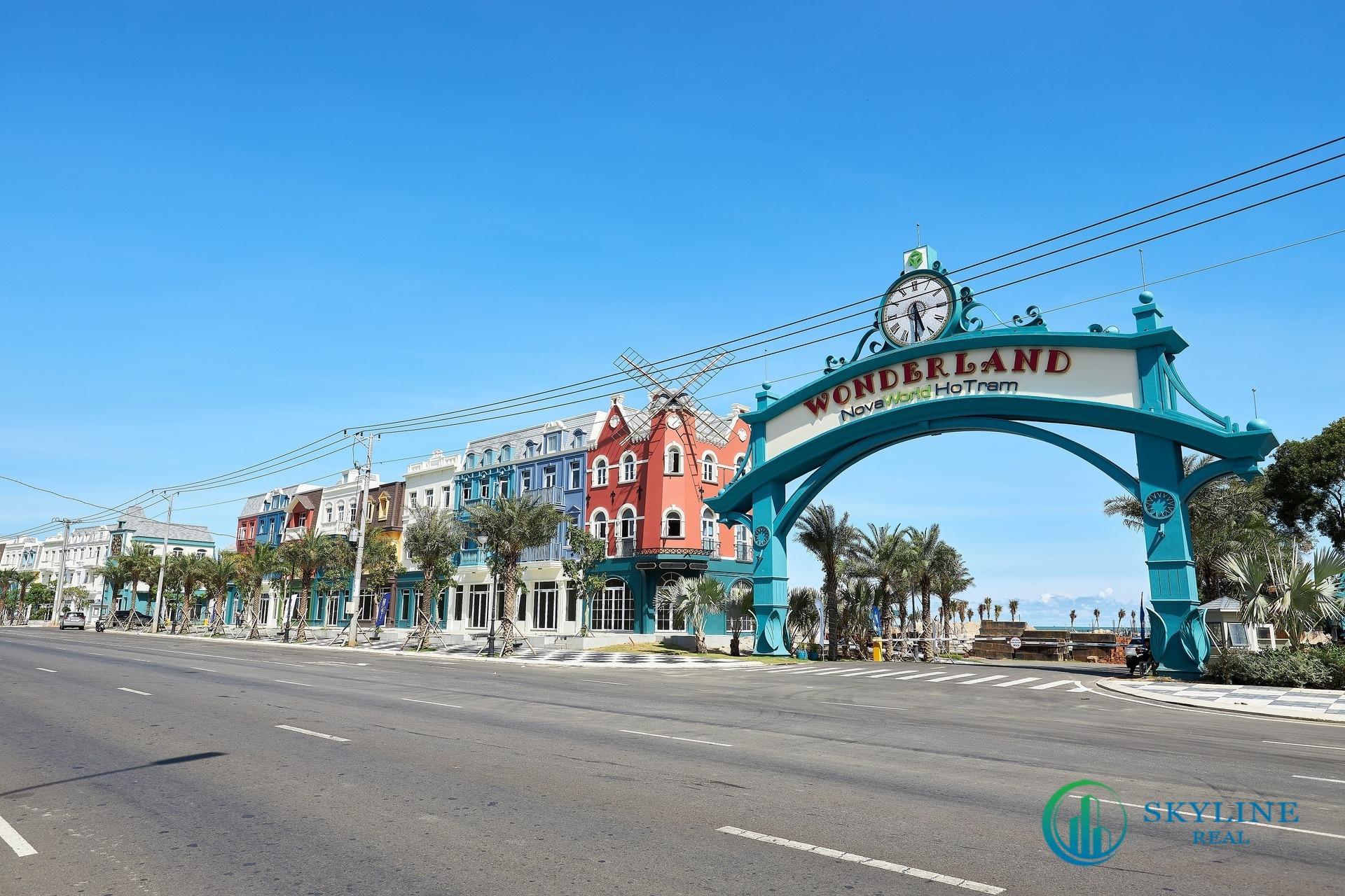 Shophouse Wonderland dọc trục đường ven biển đã hoàn thiện 100%